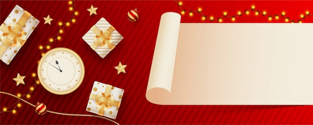 Carta pergamena vuota fornita per il tuo messaggio con vista dall'alto di orologio, scatole regalo e ghirlanda luminosa decorata a strisce rosse. intestazione o banner