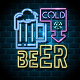 Cartellone pubblicitario al neon della birra fredda