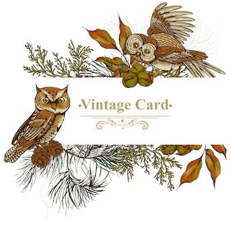 Cartolina d'auguri della foresta con gufi, abete rosso e coni d'abete