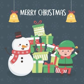 Cartolina di buon natale con pupazzo di neve ed elfo