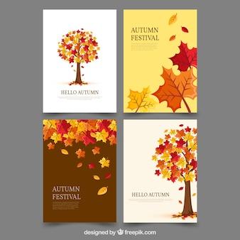 Cartoline autunnali colorate con albero e foglie carino