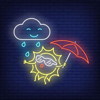 Cartone animato sole con ombrello e pioggia insegne al neon. simpatico personaggio sul muro di mattoni