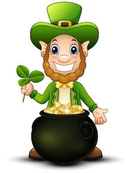 Cartoon leprechaun con pentola d'oro e tenendo la foglia di trifoglio