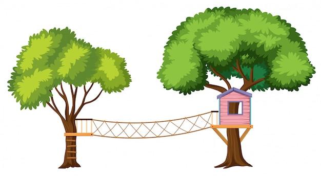Casa sull'albero isolata su priorità bassa bianca