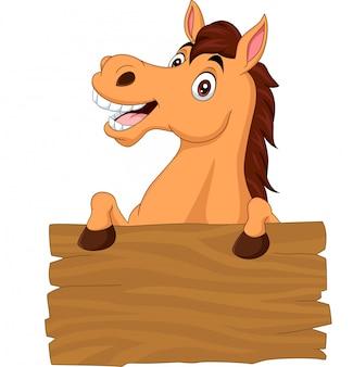 Cavallo divertente del fumetto con il bordo in bianco