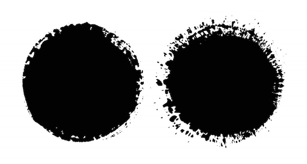 Cerchi di inchiostro nero grunge.