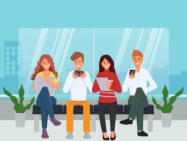Chat di gruppo comunicazione social media persone con gadget.