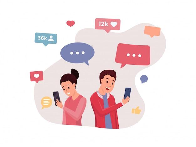Chiacchierare persone che utilizzano diversi gadget