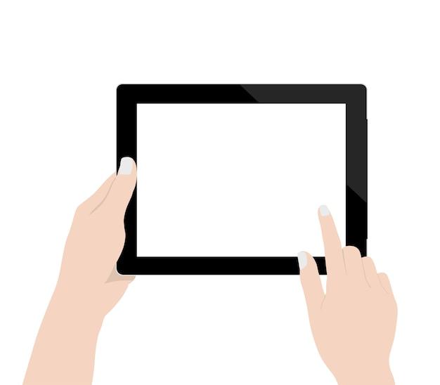 Chiuda sulla mano della donna facendo uso della visualizzazione in bianco della tecnologia della compressa digitale