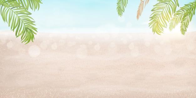 Ciao concetto di vacanze estive. vista sulla spiaggia del resort con spiaggia, mare splendente, acqua di mare con sole splendente, foglie di palma tropicali. vacanze estive in viaggio.