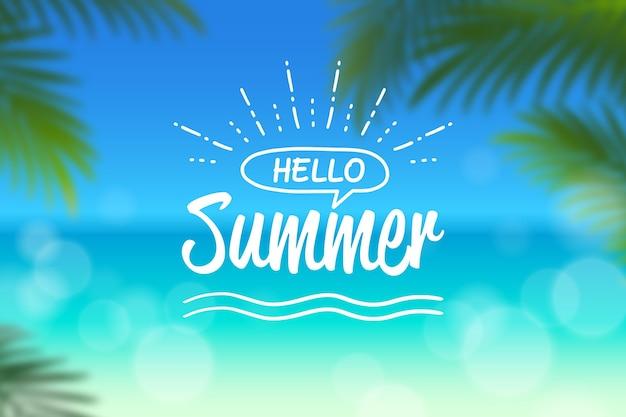 Ciao estate con spiaggia sfocata