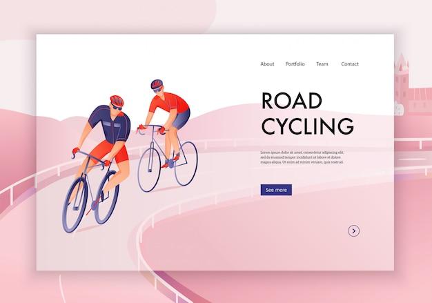 Ciclisti in caschi durante il concetto di giro di ciclismo su strada dell'insegna di web
