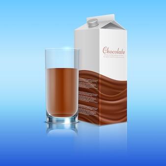 Cioccolato realistico con tazza di vetro. illustrazione della bevanda del cioccolato al latte del pacchetto del modello di vettore