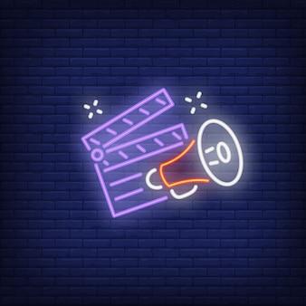 Clapper board e megafono al neon
