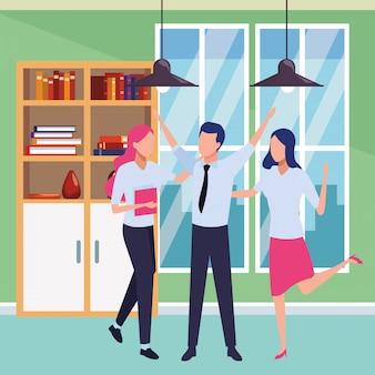 Colleghe d'affari con forniture per ufficio