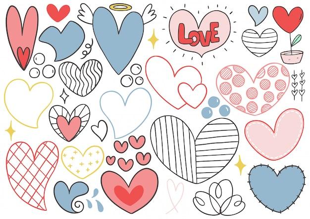 Collezione cuore doodle disegnato a mano