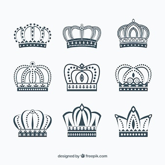 Collezione di corone fantastiche in design piatto
