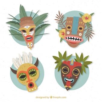 Collezione di maschere tiki con stile etnico