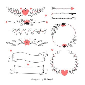 Collezione di ornamenti di nozze disegnati a mano decorativi