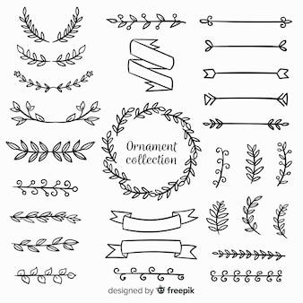 Collezione di ornamenti disegnati a mano