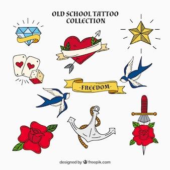 Collezione di tatuaggio romantico disegnato a mano