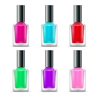 Colori della bottiglia di vetro isolati smalto per unghie