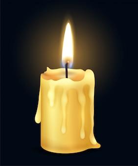 Composizione bruciante realistica gialla isolata nella luce del fuoco della fiamma di candela nell'illustrazione scura