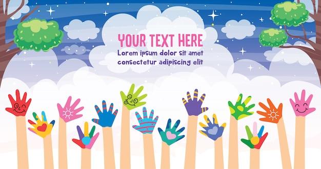 Concept design con mani dipinte di piccoli bambini