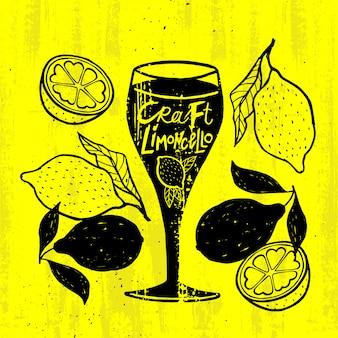 Concetto di cocktail alcolico artigianale di grunge