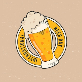 Concetto di giornata internazionale della birra disegnata a mano