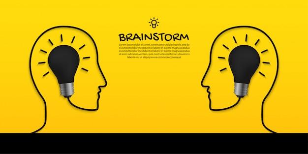 Concetto di lampo di genio con due teste umane e lampadina su fondo giallo