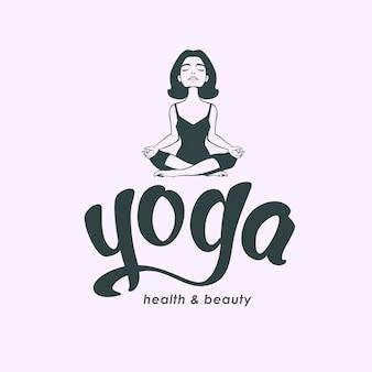 Concetto di logo del club di yoga e scritte disegnate a mano.