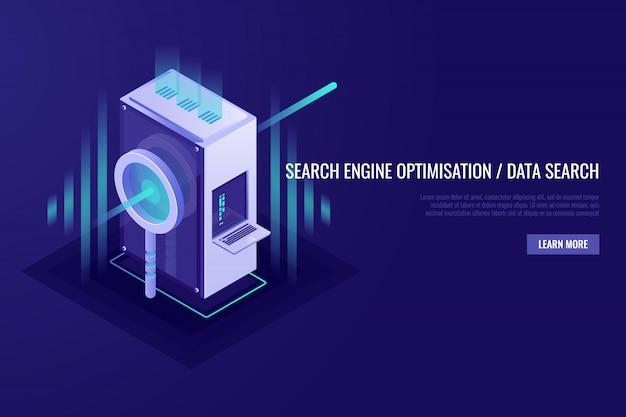 Concetto di ottimizzazione dei motori di ricerca e ricerca dei dati. lente d'ingrandimento con rack per server