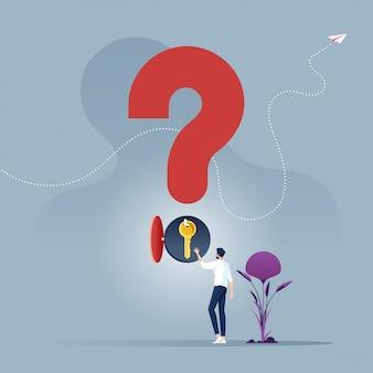 Concetto di problema e soluzione imprenditore scegliere una chiave dal simbolo del punto interrogativo