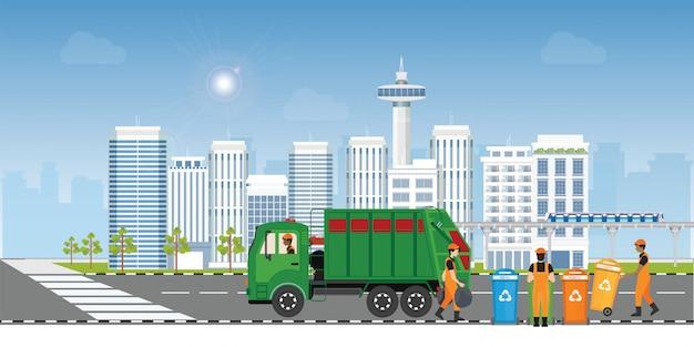 Concetto di riciclaggio dei rifiuti della città con il camion della spazzatura ed il netturbino sulla città