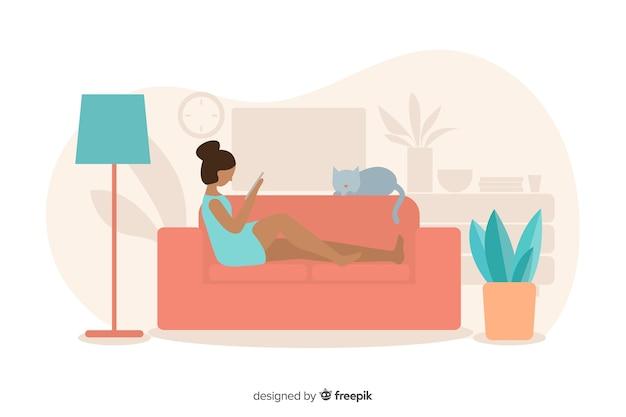 Concetto di rilassamento a casa con la donna sul sofà