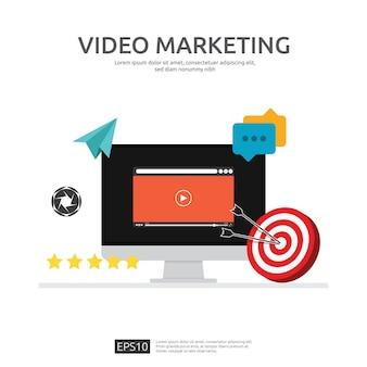 Concetto di video marketing con monitor dello schermo del pc