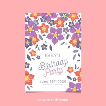 Concetto floreale per invito di compleanno
