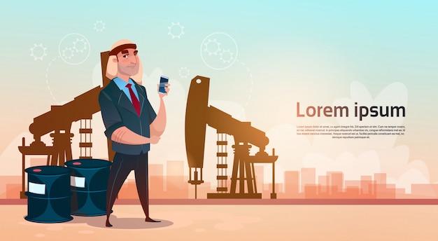Concetto ricco di ricchezza del nero della piattaforma dell'impianto di perforazione di pumpjack di commercio dell'olio dell'uomo di affari