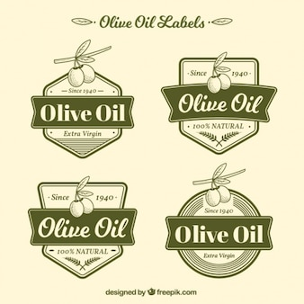 Confezione da quattro etichette dell'olio di oliva verde
