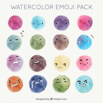 Confezione di emoticon acquerello con diverse espressioni facciali