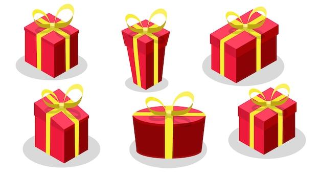 Confezione regalo set con colore rosso prua e nastro giallo isolato su sfondo bianco.