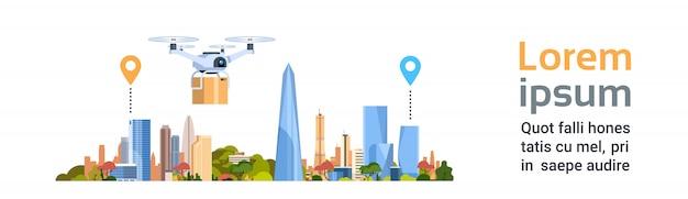 Consegna drone con pacchetto sulla città. insegna orizzontale del modello di concetto del trasporto aereo veloce