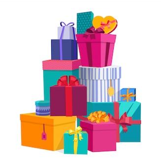 Contenitori di regalo presenti avvolti variopinti con gli archi