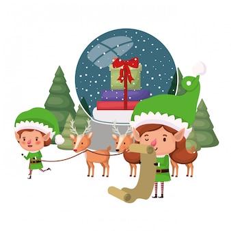 Coppia di elfi con sfera di cristallo
