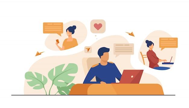 Coppia in chat sul sito di incontri