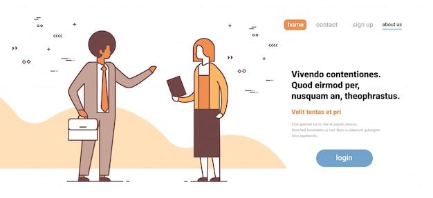 Coppia uomo donna discutendo sulla riunione di lavoro colleghi concetto di comunicazione maschio femmina personaggio dei cartoni animati piena lunghezza orizzontale copia spazio
