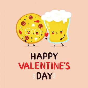 Coppie felici sveglie di vetro di birra e della pizza.