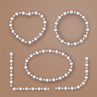Cornici di perle impostato su sfondo beige.