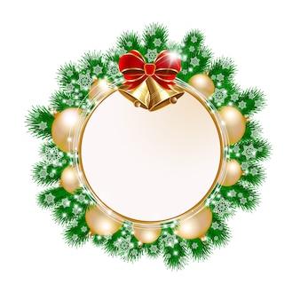 Corona decorativa di natale su priorità bassa bianca